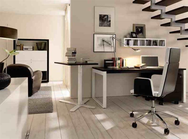 ruang-kerja-minimalis-di-bawah-tangga (Medium)
