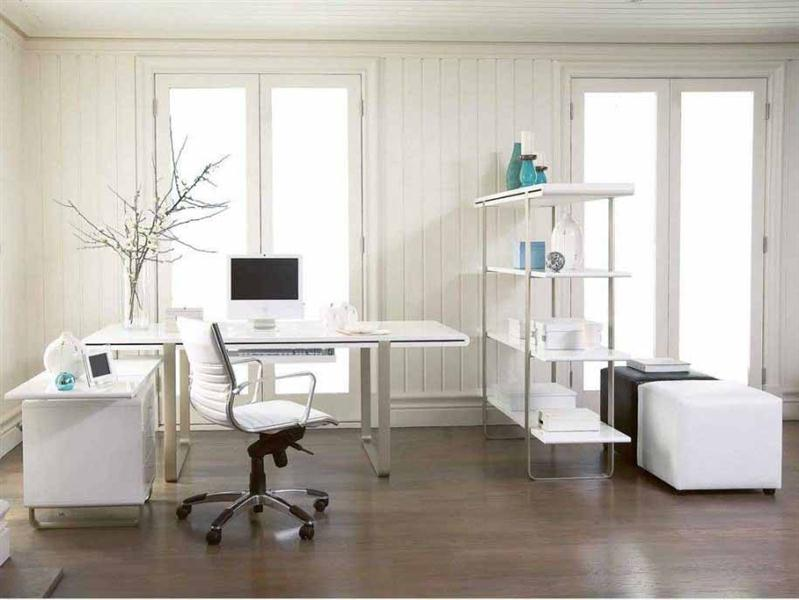 ruang kerja nuansa warna putih (Medium)