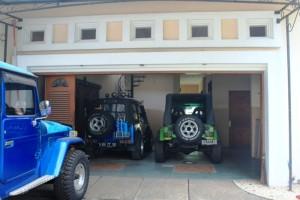 garasi rumah besar