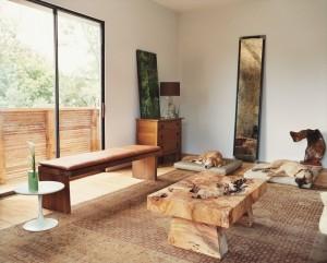 meja dari bahan kayu elegan dan artistik